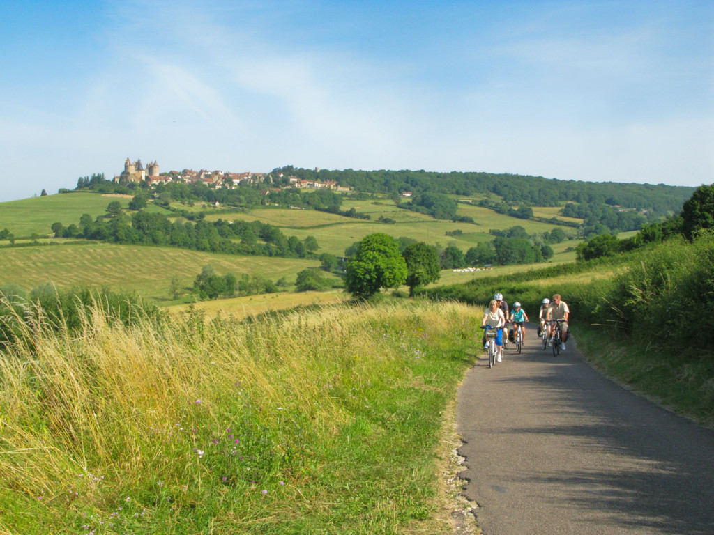 Cycling away from Chateauneuf