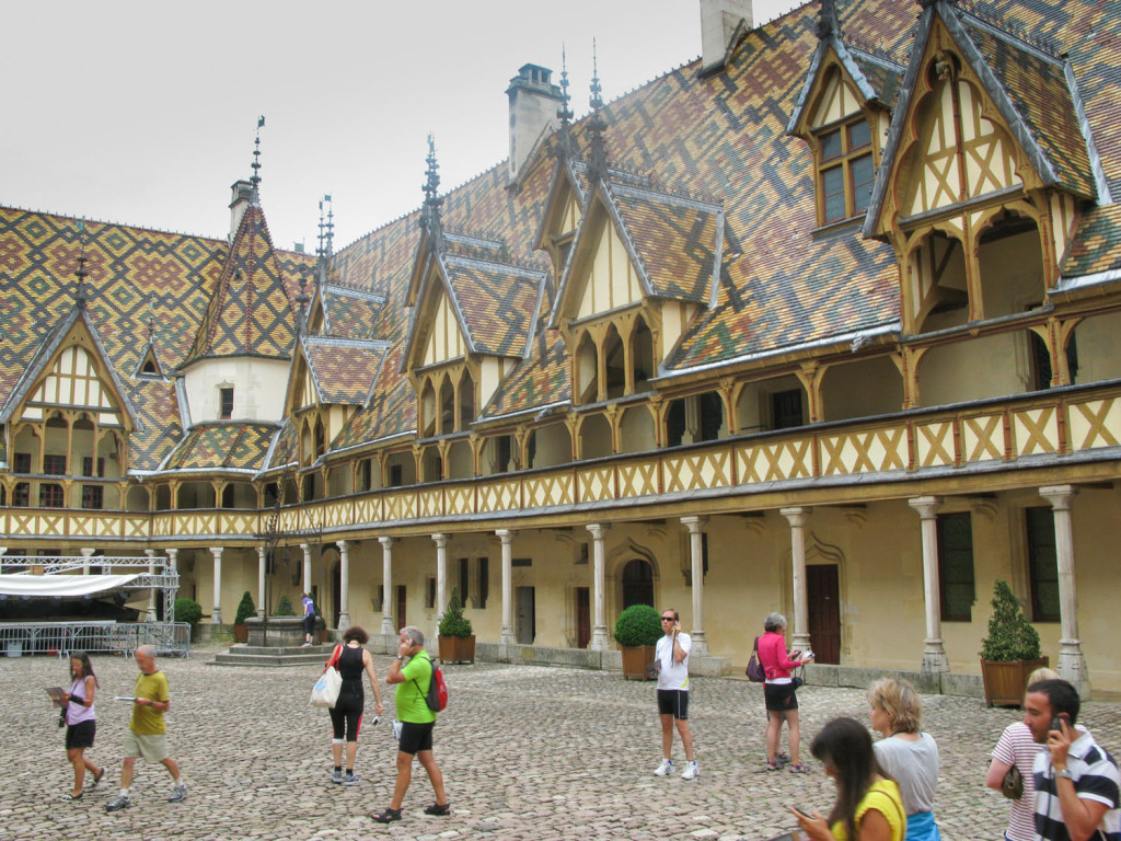 The Hotel Dieu, with it's amazing roof
